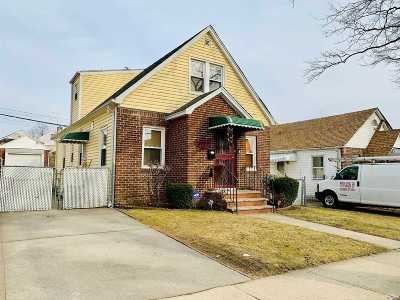 Fresh Meadows Single Family Home For Sale: 48-31 187th St