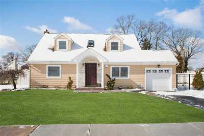 N. Bellmore Single Family Home For Sale: 2829 Janet Ave