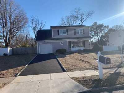 Nesconset Single Family Home For Sale: 14 Yardley Ln