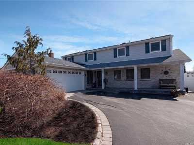 W. Babylon Single Family Home For Sale: 232 Sandpiper Ln