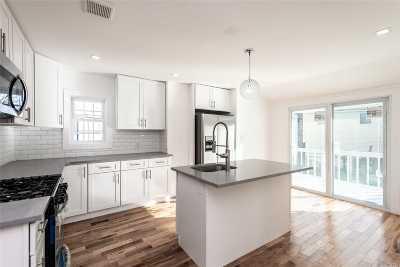 E. Rockaway Single Family Home For Sale: 42 Morton Ave