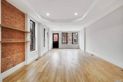 Brooklyn Single Family Home For Sale: 700 E 37th St