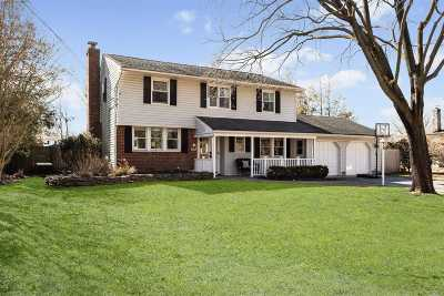 Greenlawn Single Family Home For Sale: 6 Colgate Rd