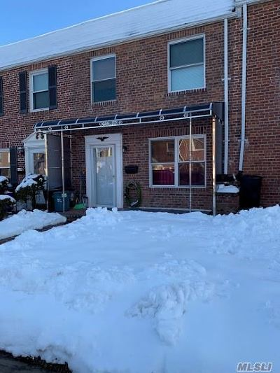 Whitestone NY Single Family Home For Sale: $862,888
