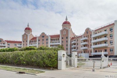 Lido Beach Condo/Townhouse For Sale: 2 Richmond Rd #6T