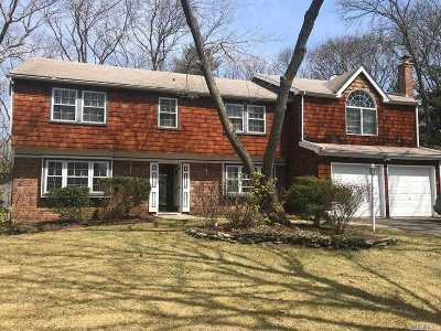 Stony Brook Single Family Home For Sale: 3 Burgess Ln