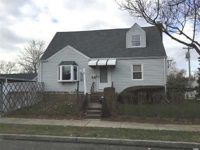 New Hyde Park Single Family Home For Sale: 78-06 270th St
