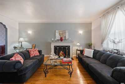 Jackson Heights Single Family Home For Sale: 3317 75th St