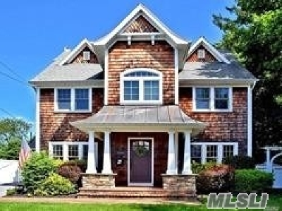 Sayville Single Family Home For Sale: 75 Sunset Dr