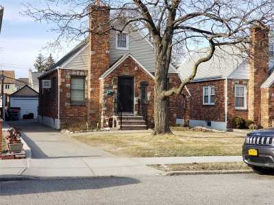 Whitestone Single Family Home For Sale: 151-47 11 Ave