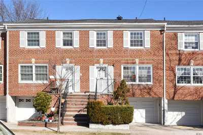 Douglaston Condo/Townhouse For Sale: 62-37 Douglaston Pky #18