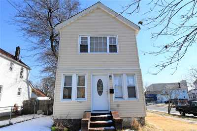 Queens County Single Family Home For Sale: 185-02 Nashville Blvd