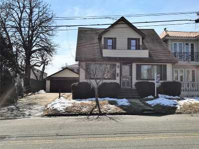 Whitestone NY Single Family Home For Sale: $868,000