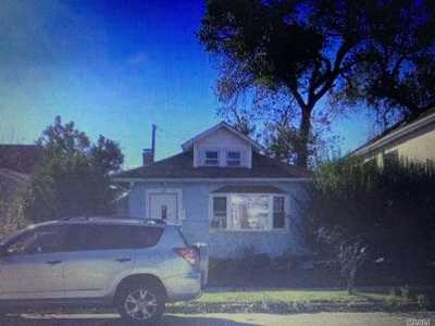 Long Beach Single Family Home For Sale: 370 E Pine St