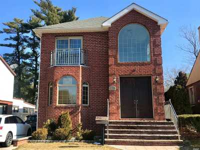 Jamaica Estates Single Family Home For Sale: 85 17 Chevy Chase St