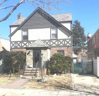 Flushing Single Family Home For Sale: 47-43 196th Pl