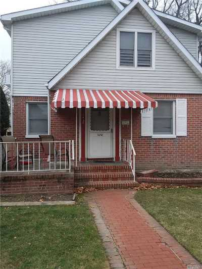 Flushing Single Family Home For Sale: 76-50 172nd St