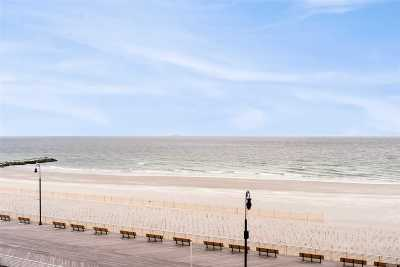 Long Beach NY Co-op For Sale: $369,000