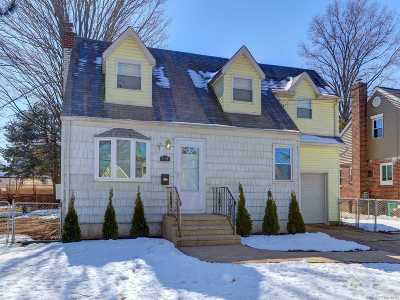 New Hyde Park Single Family Home For Sale: 514 10th Ave