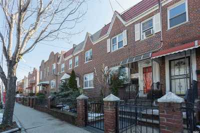 Astoria Single Family Home For Sale: 24-53 23rd St