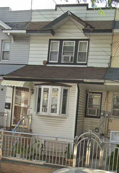 Woodhaven Single Family Home For Sale: 92-31 76 St