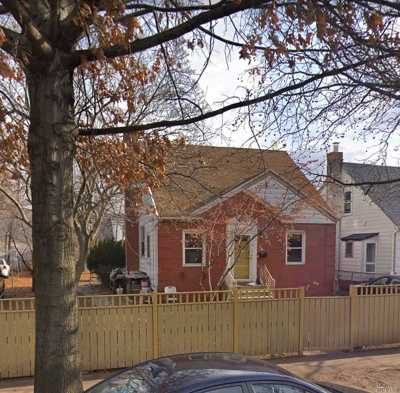 Flushing Single Family Home For Sale: 45-31 195th St