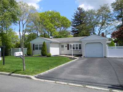 Nesconset Single Family Home For Sale: 9 Pine Dr