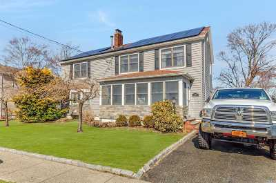 N. Babylon Single Family Home For Sale: 27 Brookside Ave
