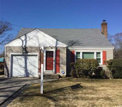 W. Hempstead Single Family Home For Sale: 594 Euclid Ave