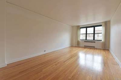 Jackson Heights Co-op For Sale: 34-40 79 St #4D