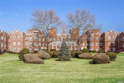 Rockville Centre Co-op For Sale: 104 S Village Ave #3H