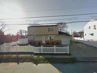 Lindenhurst Single Family Home For Sale: 481 S 15th St