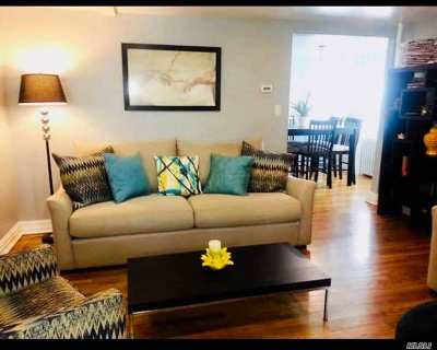Seaford Single Family Home For Sale: 2365 S Seamans Neck Rd
