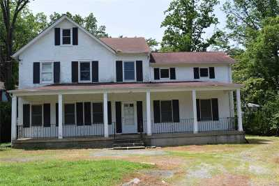 Great Neck Single Family Home For Sale: 10 Morris Ln