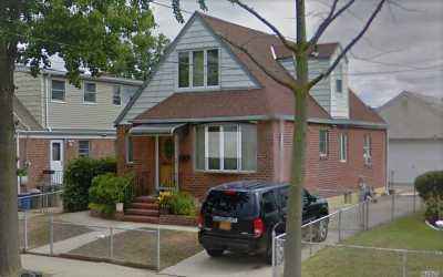 Floral Park Single Family Home For Sale: 85-51 263rd St