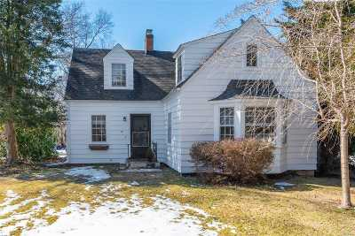 Setauket Single Family Home For Sale: 18 Washington St