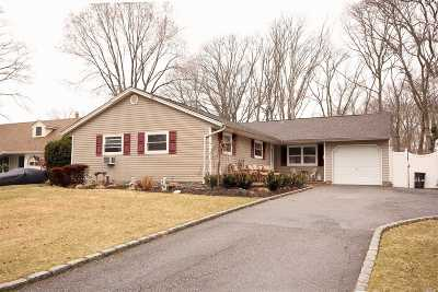 Sayville Single Family Home For Sale: 61 Lucille Dr