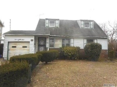 Queens County, Nassau County Single Family Home For Sale: 184 Beechwood Ave