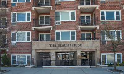 Long Beach NY Co-op For Sale: $259,000