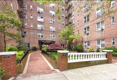Forest Hills Condo/Townhouse For Sale: 67-12 Yellowstone Blvd #E7