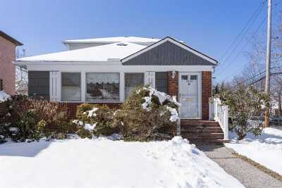 Bayside Single Family Home For Sale: 56-06 229th St