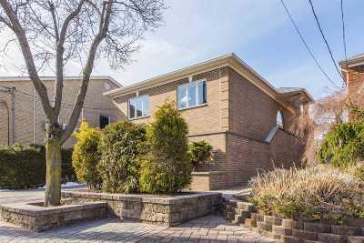 Whitestone Single Family Home For Sale: 150-92 Powells Cove Blvd
