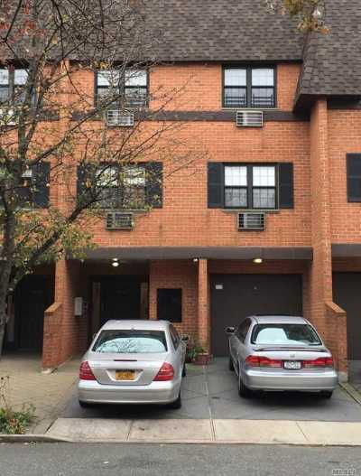 Brooklyn, Astoria, Bayside, Elmhurst, Flushing, Forest Hills, Fresh Meadows, Jackson Heights, Kew Gardens, Long Island City, Middle Village, Rego Park, Ridgewood, Sunnyside, Woodhaven, Woodside Condo/Townhouse For Sale: 220-44 64th Ave #C