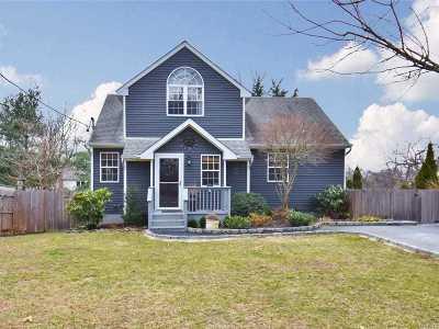 Kings Park Single Family Home For Sale: 78 Beaver Dr