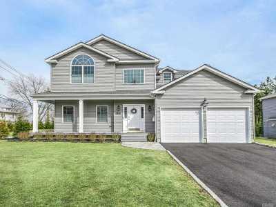 Glen Head Single Family Home For Sale: 10 Oaklawn Ave