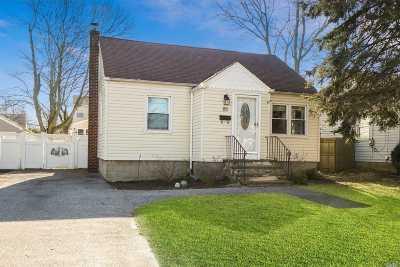 Islip Single Family Home For Sale: 85 N Ocean Ave