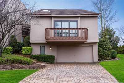 Woodmere Condo/Townhouse For Sale: 34 Clubside Dr
