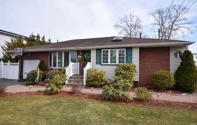 Deer Park Single Family Home For Sale: 291 W 4th St