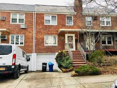 Fresh Meadows NY Single Family Home For Sale: $950,000