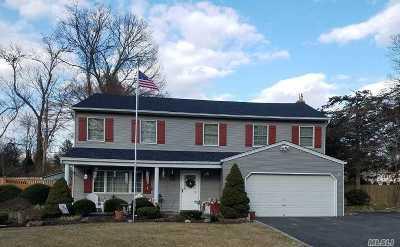 Nesconset Single Family Home For Sale: 1 Osage Ln